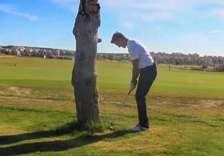 How-to-hit-it-left-handed-with-a-right-handed-club